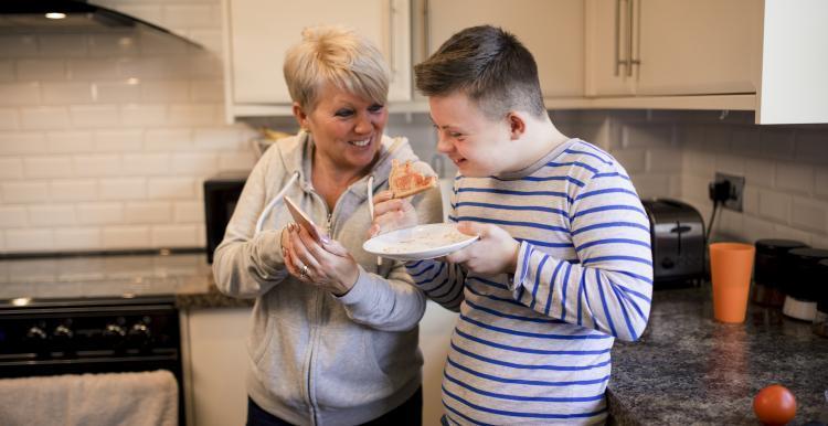 mum with teenage down sydrome child