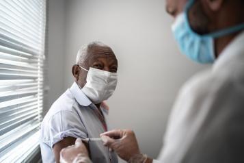 flu-covid-vaccine-vaccination-black-man